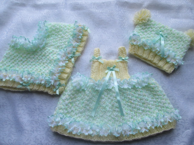 NEW DESIGN DREAMY GIRL PONCHO HAT AND DRESS KNITTING PATTERN