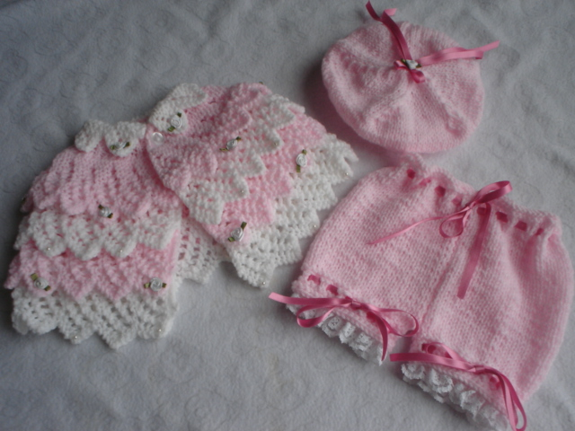 LAYERS OF LACE CAPE, PANTS AND BERET BABY OR REBORN KNITTING PATTERN