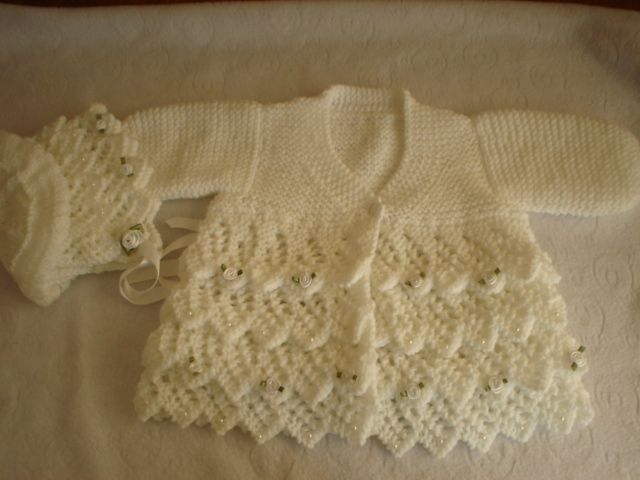 LAYERS OF LACE COAT AND BONNET BABY OR REBORN KNITTING PATTERN