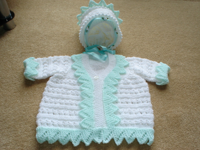 PATTERN AND LACE COAT AND BONNET BABY OR REBORN KNITTING PATTERN