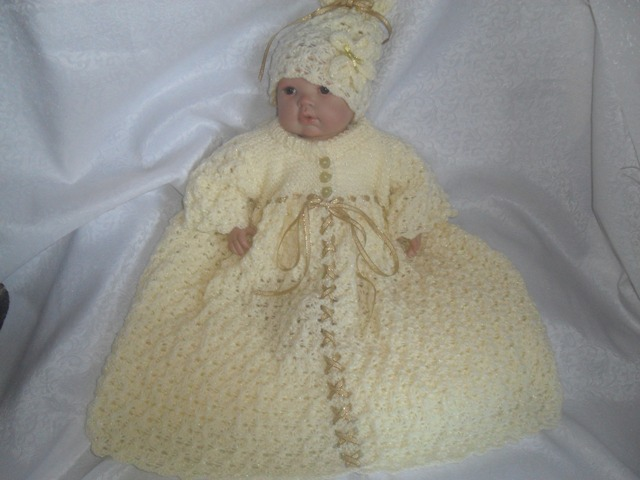 """NEW"" SUNFLOWER'S SLEEPING BAG & MATCHING HAT KNITTING PATTERN"