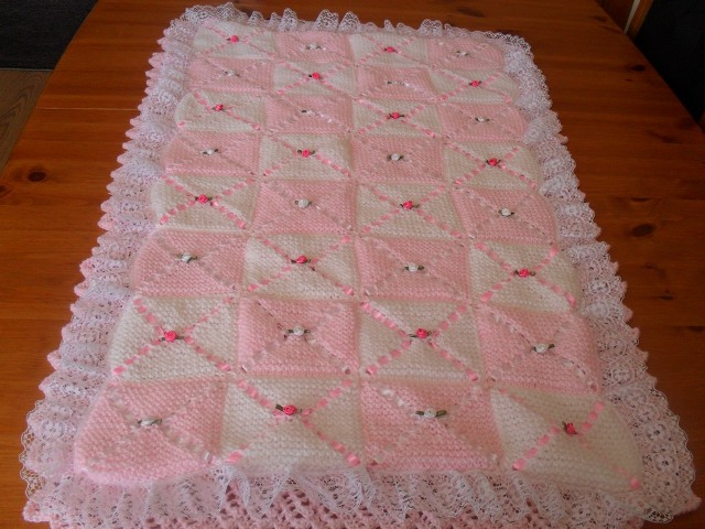 COT BLANKET AND BUMPER KNITTING PATTERN