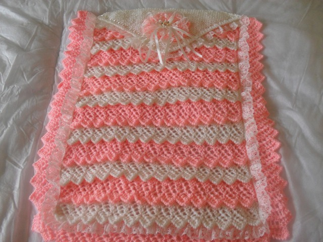 LAYERS OF LACE PRAM KNITTING PATTERN