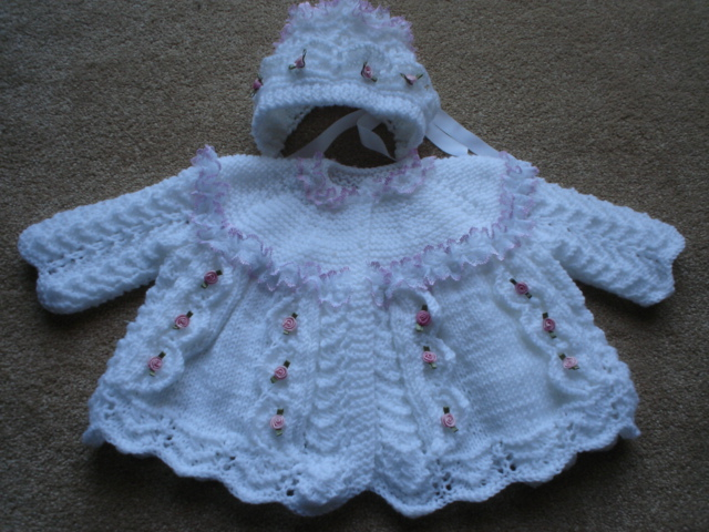 LACE AND BOWS COAT & BONNET BABY OR REBORN KNITTING PATTERN
